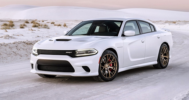 2015-dodge-charger-srt-hellcat