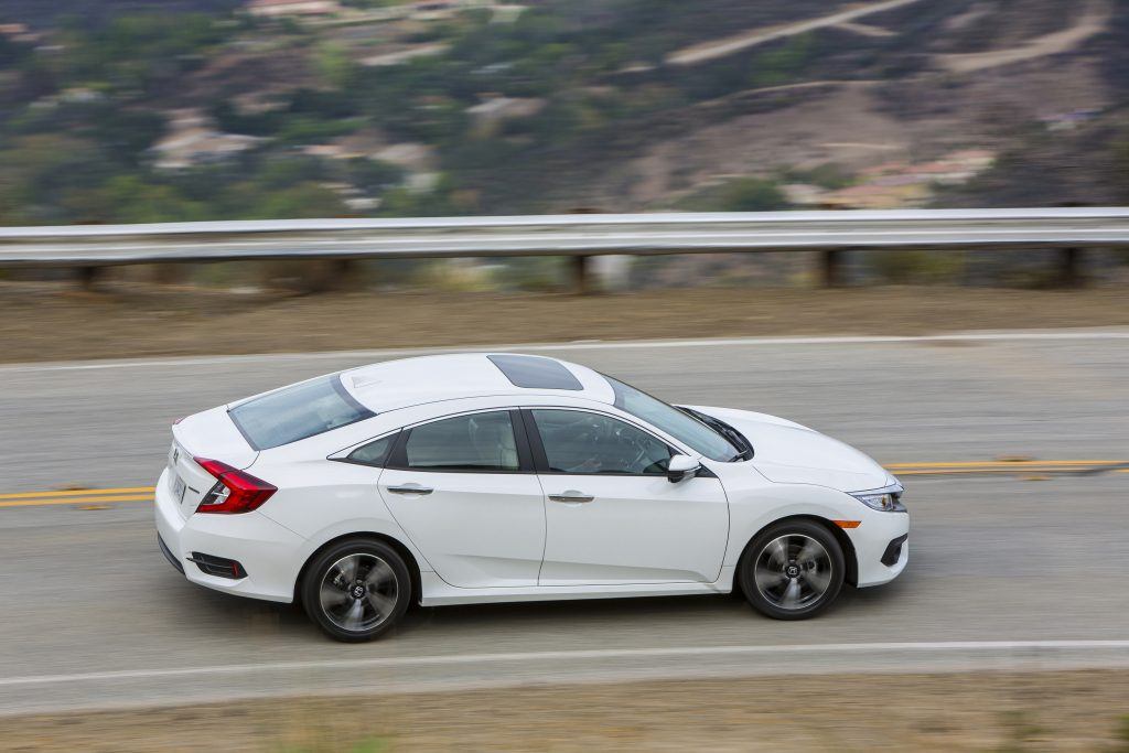 honda_civic_sedan_touring_10
