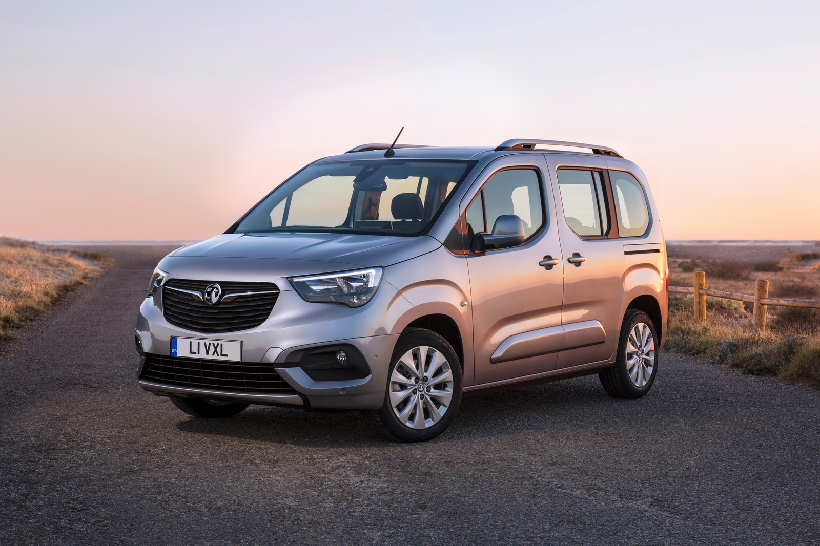 2019 Opel Combo yeni tasarımıyla huzurlarınızda | OtoYazar